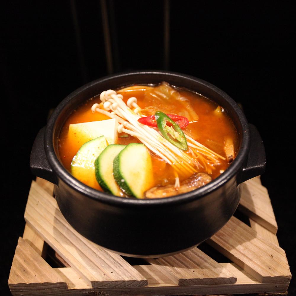 """""""Kimchi Korean Restaurant"""