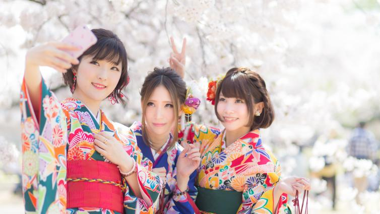 〈Up to about 6 hours Activity〉Let's Wear Kimono and Enjoy Sightseeing in Shinjuku