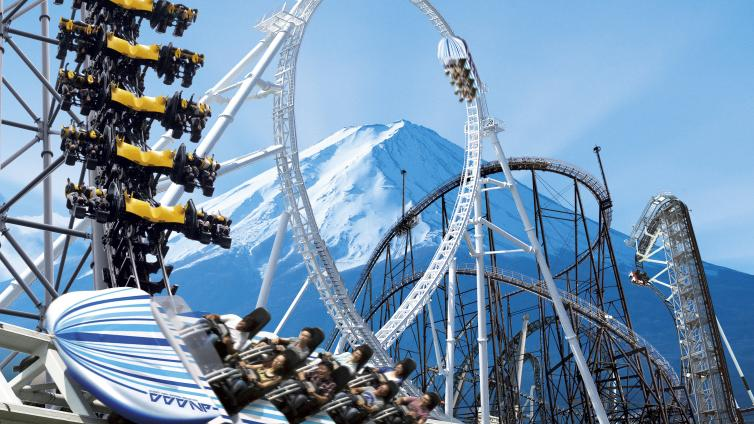 〈1Day Tour〉Mt. Fuji 5th Station & Fuji-Q Highland (With Free Pass)