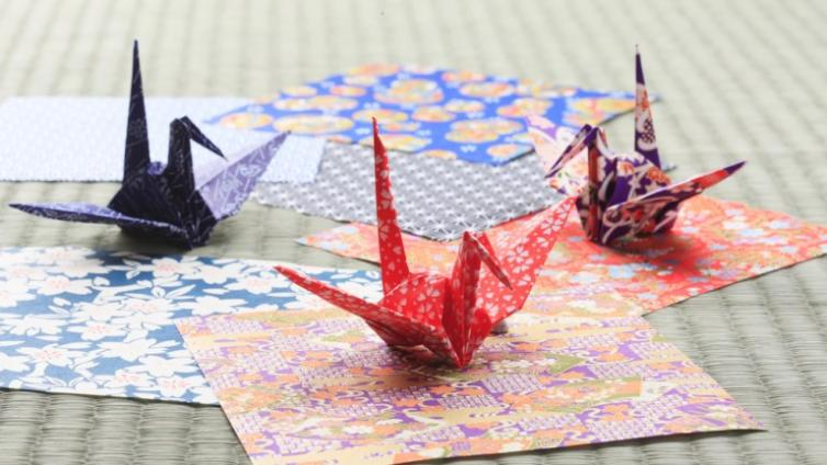 〈About 1.5 hours Activity〉Origami Experience in Osaka
