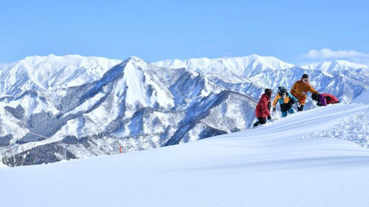 〈1Day Tour〉1-Day Gala Yuzawa Snow Resort Ski Tour via Shinkansen (Round-trip from Tokyo)