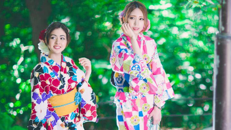 <About 6 hours Activity>Let's Wear Kimono and Enjoy Sightseeing in Shinjuku!!