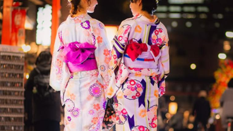 <About 6 hours Activity>Wear Kimono and Walk Around Gion!