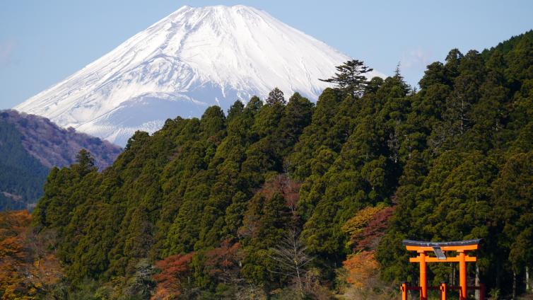 〈1Day Tour〉Mt. Fuji & Hakone Tour with Lunch by Coach