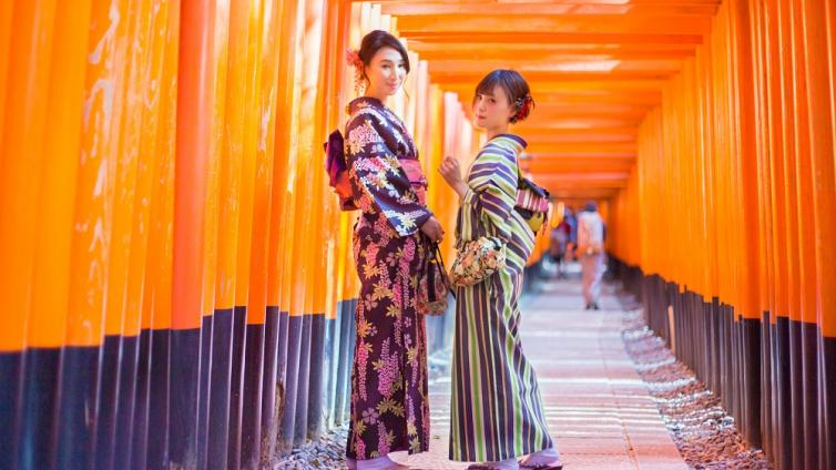 〈Up to about 6 hours Activity〉Let's Wear Kimono and Enjoy Sightseeing in Kyoto Station