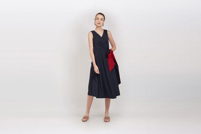 Qlothe-Estelle-Wrap-Dress-01