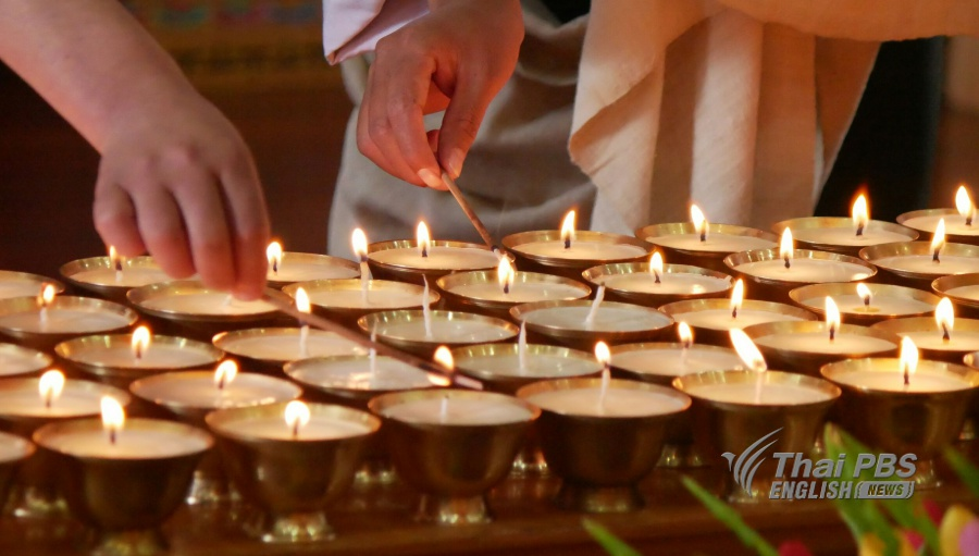(Oct 26) In Bhutan the Royal Civil Service Commission a ceremony of butter l&s lighting and prayers at Thubten Droduelling Lhakhang temple for both Thai ... & Butter lamp lighting ceremony held in Bhutan in tribute to the late ...