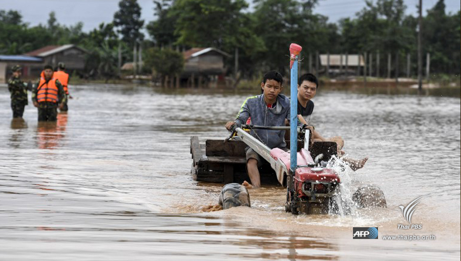 Dam collapse floods towns in southern Laos