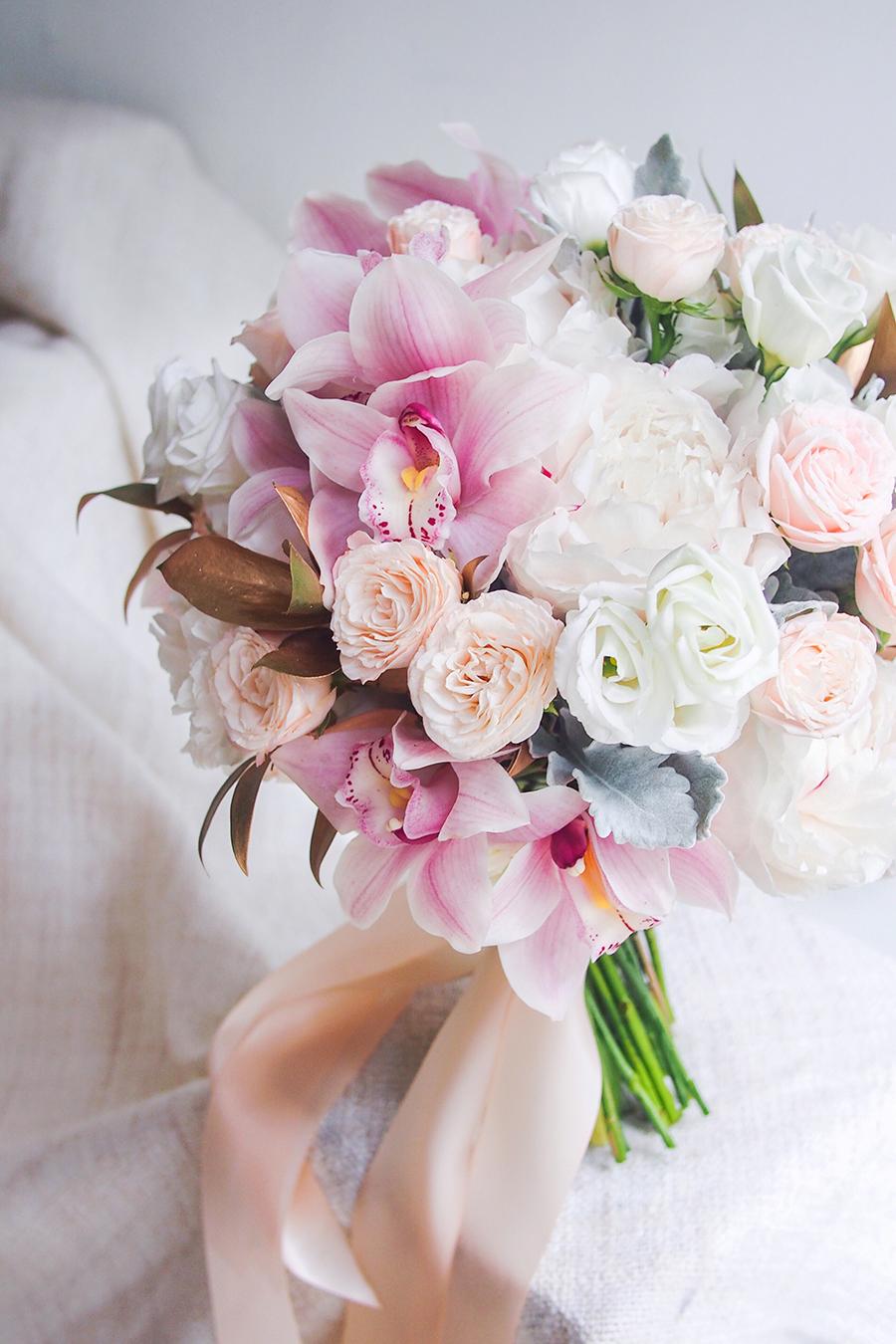 12-blush-bridal-bouquet
