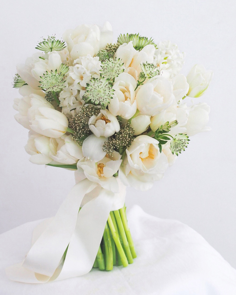 most affordable wedding flowers the wedding scoop 6025