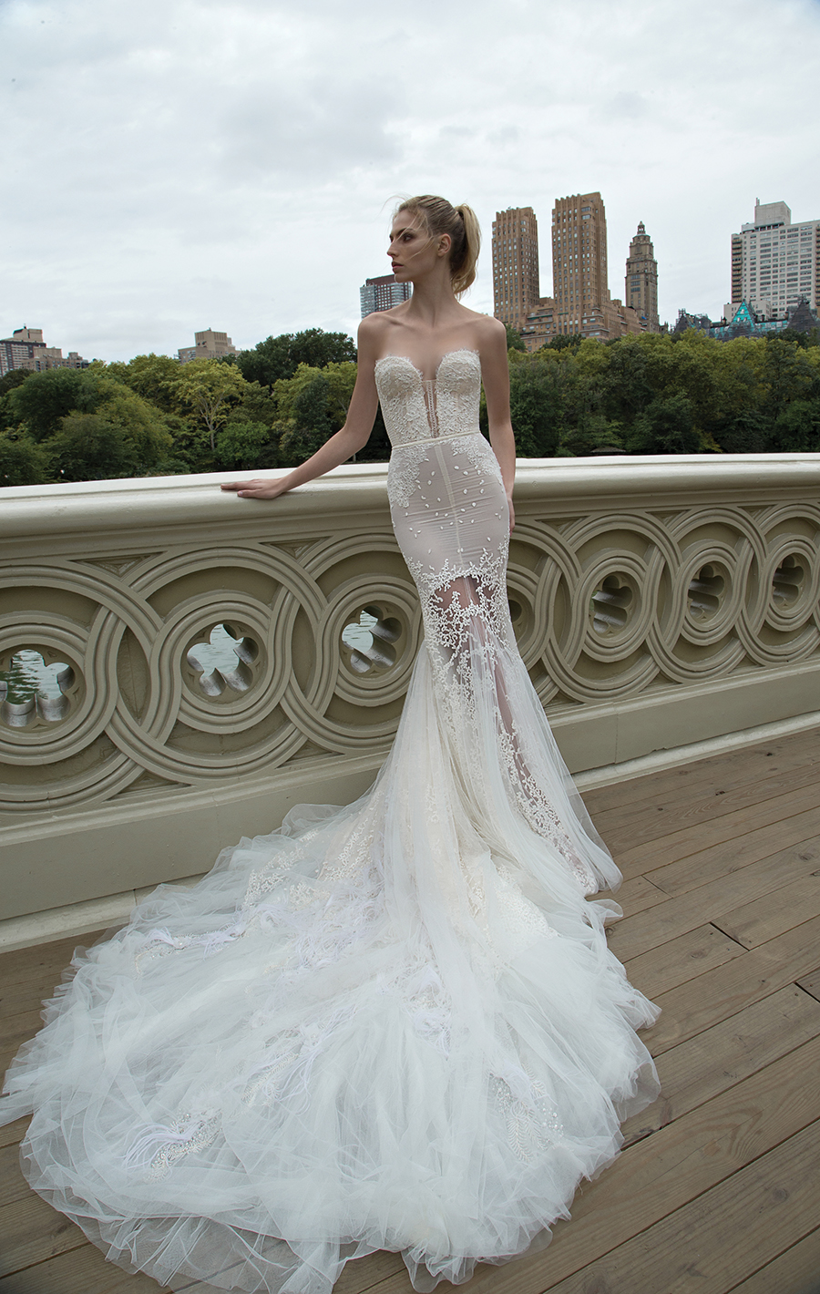 02p-The-Wedding-Scoop-Truly-Enamoured-Inbal-Dror