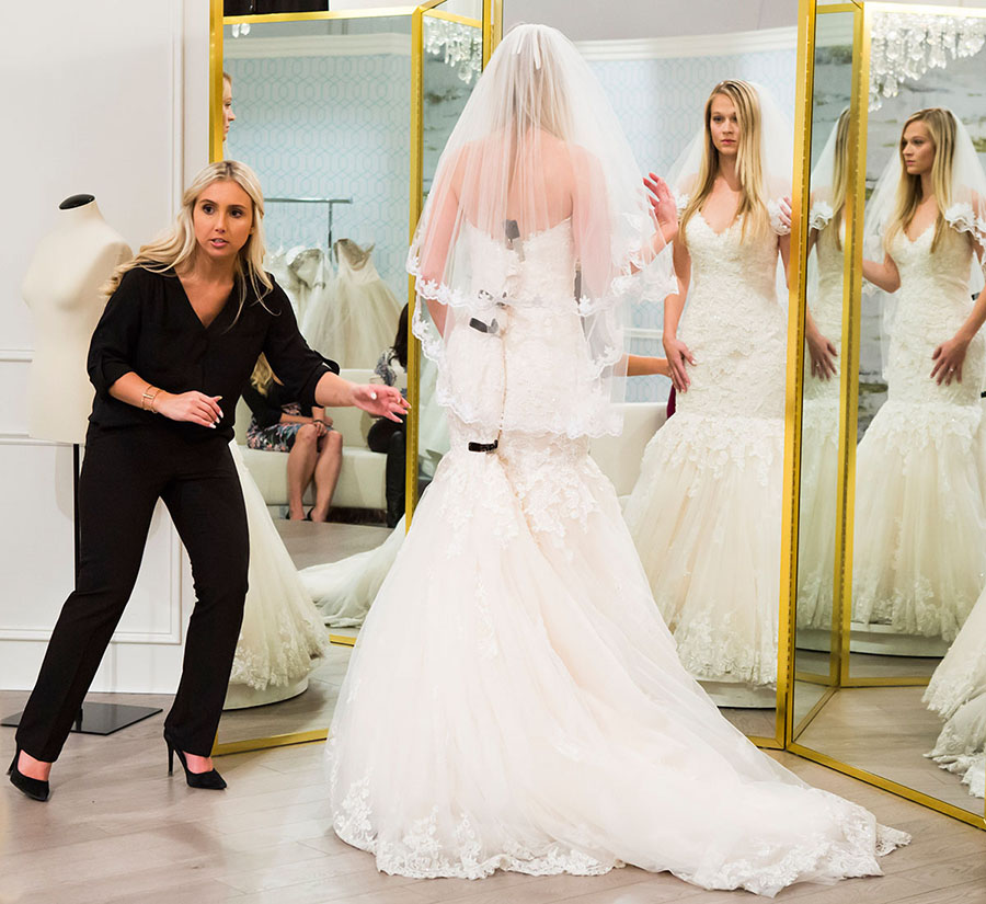 Wedding Dresses For    In Canada : The wedding scoop