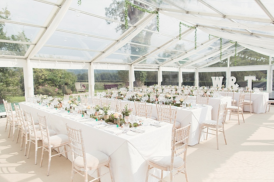 The wedding scoop for Indoor marquee decoration