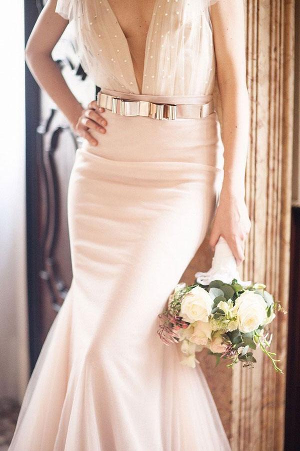 The wedding scoop for Sparkly wedding dress belt