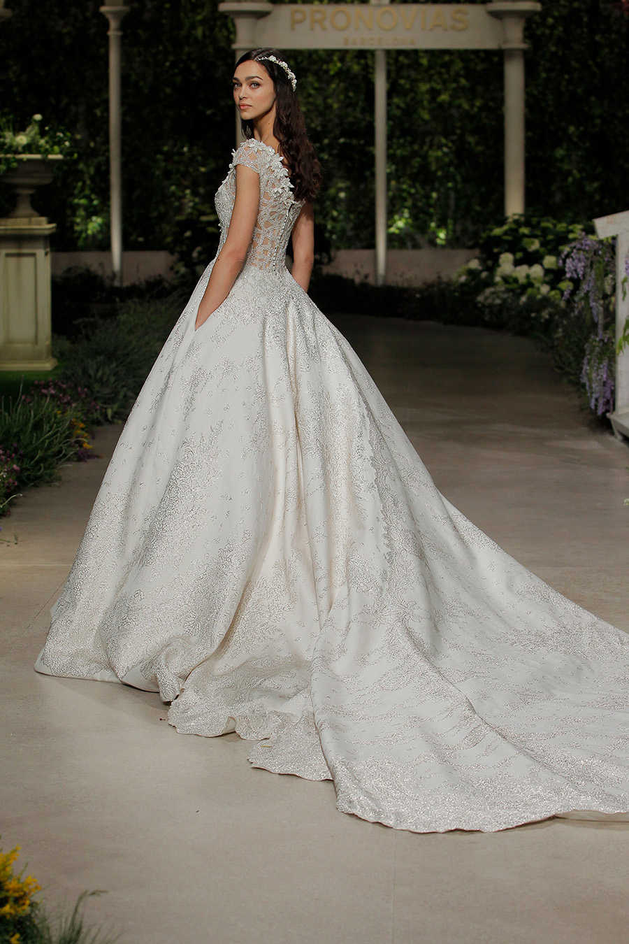 """45f5282accc ... Pronovias """"In Bloom"""" Collection"""