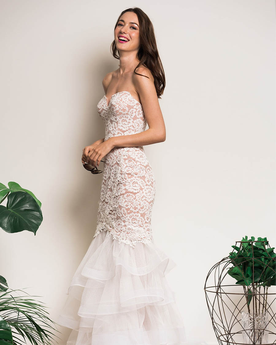 Renting A Wedding Gown: The Wedding Scoop