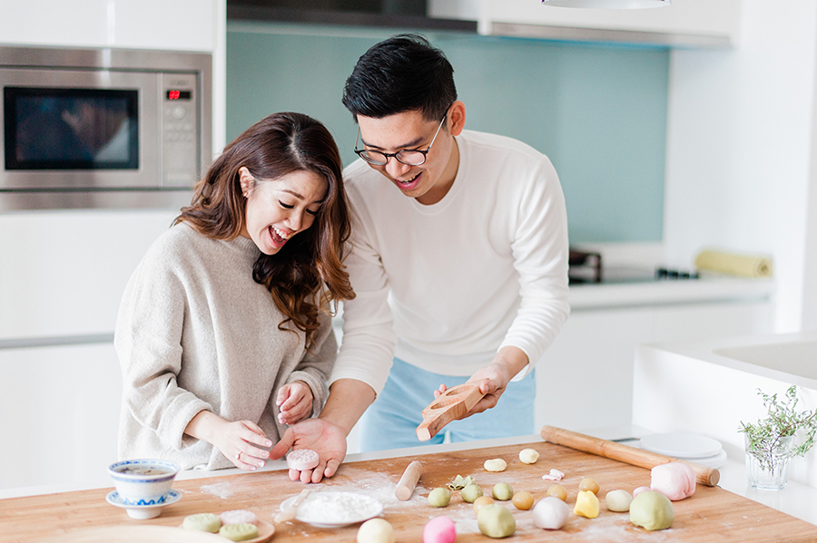 Making Mooncakes: Seik Yeu and Serene's Home Engagement Shoot