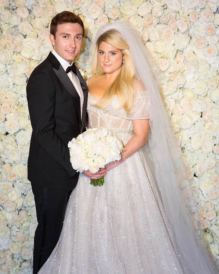 Megan Wedding Dress: The Wedding Scoop