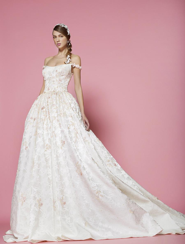 The wedding scoop for Amazon designer wedding dresses