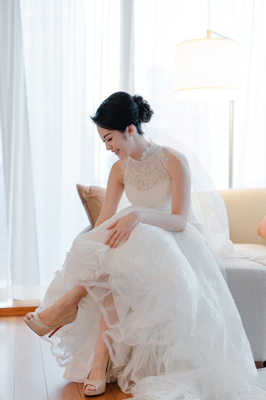 Modern Kebaya Wedding Dress Online