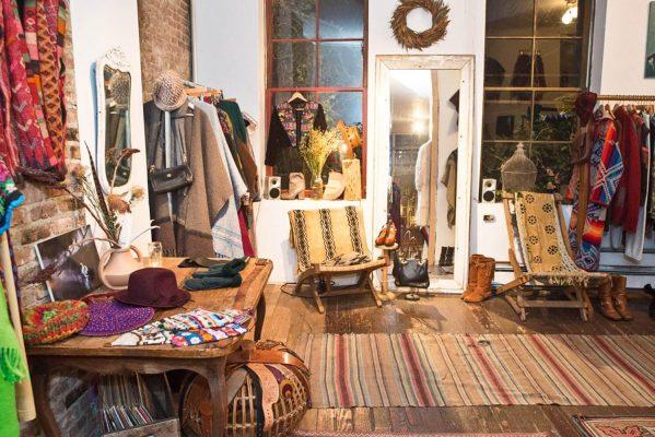 thiết kế shop quần áo vintage