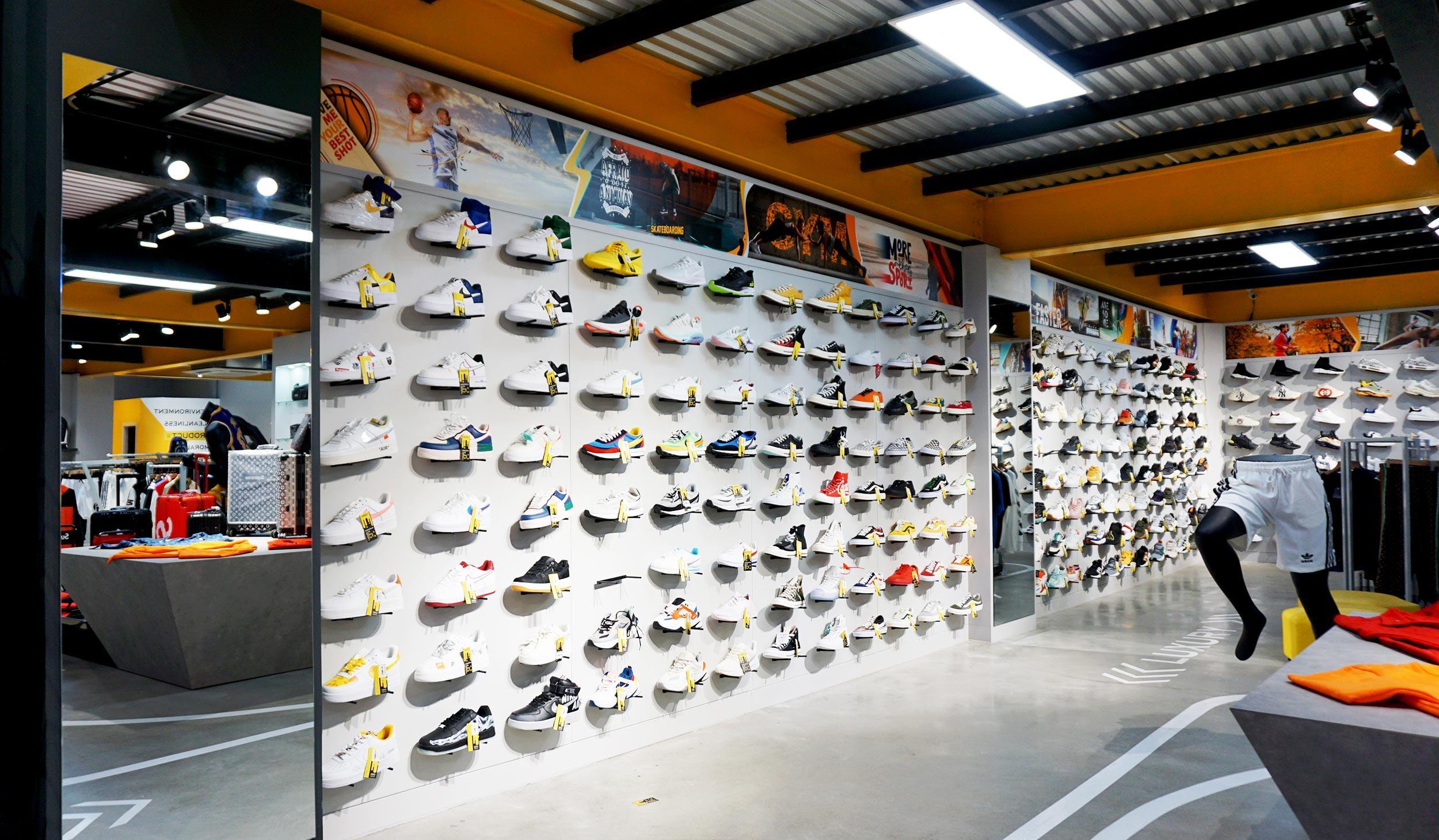 thiết kế shop giày dép nhỏ