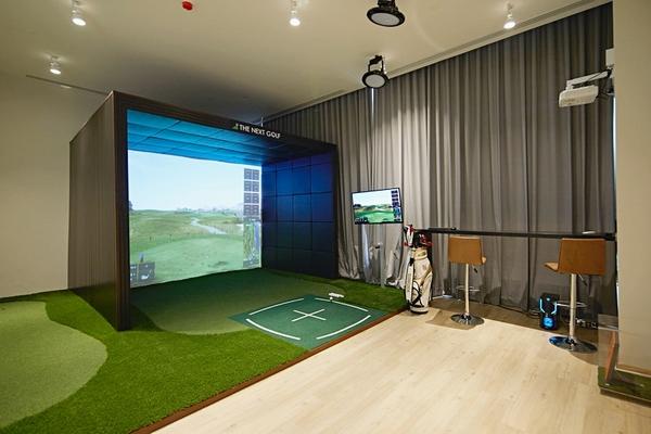 The Esse Asoke Golf Simulator