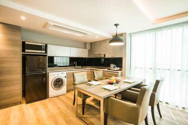 Citrus Suite serviced apartment by Compass Hospitality