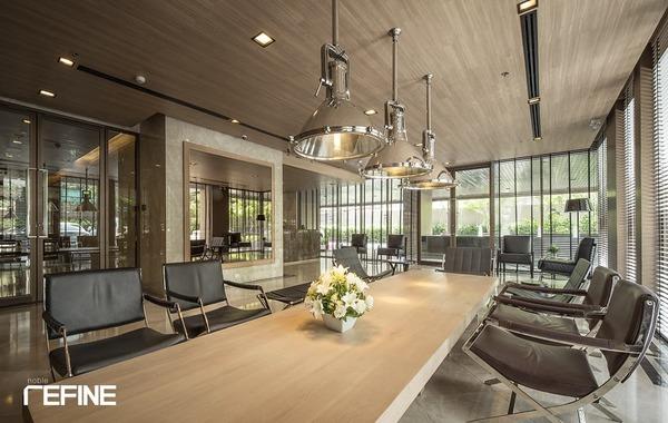 Noble Refine Facility Lobby