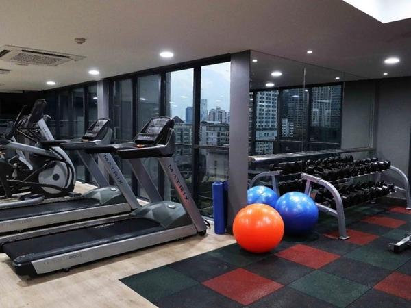 Rus Suite Sukhumvit6 Serviced Apartment Top Floor Gym