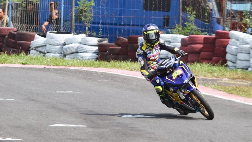 Pembalap Yamaha Babarafi SA Zyrof, Aldiaz Asqal Ismaya