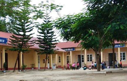 Cô giáo lớp 1 Thụy Hùng Lạng Sơn đánh học sinh đến hỏng mắt