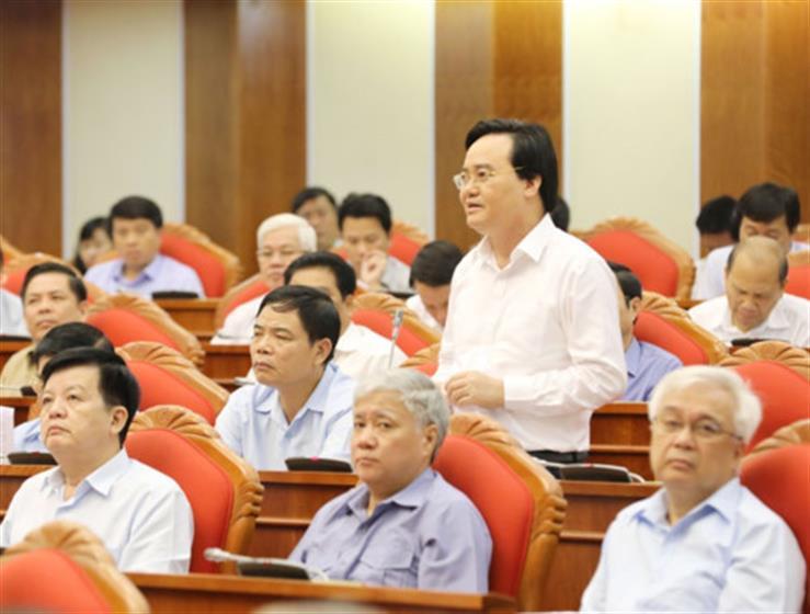 de-xuat-tang-luong-cho-giao-vien-tieu-hoc-dac-biet-vung-kho