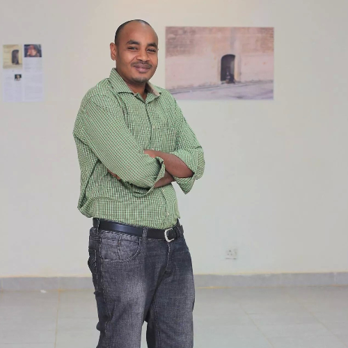 Ahmed - Gold Coast: Committed to student-centered teaching wit...