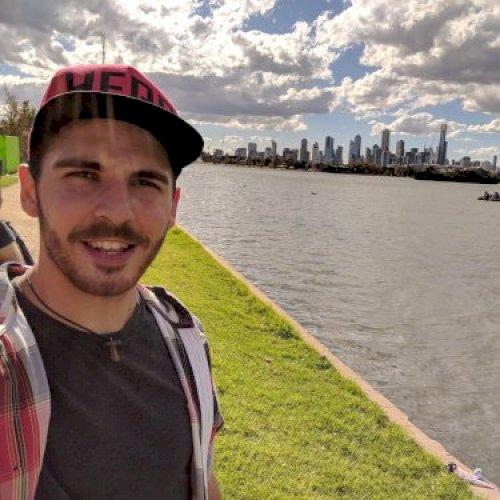 Learn Italian with Andrea - Private Italian tutor in Melbourne - TUTOROO