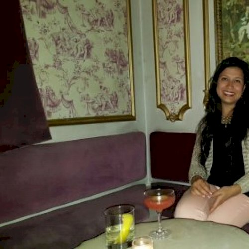 Angie - Spanish Teacher in Melbourne: HI, I'm Angie! With well...
