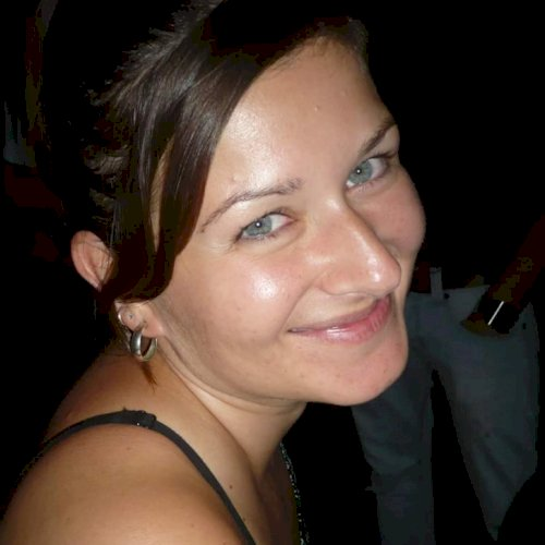 Anja - Adelaide: Hi, I am Anja, a 35-year-old native German sp...