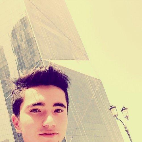 Anvarjon - Dubai: I am Anvarjon, a good guy and have 8.0 IELTS...