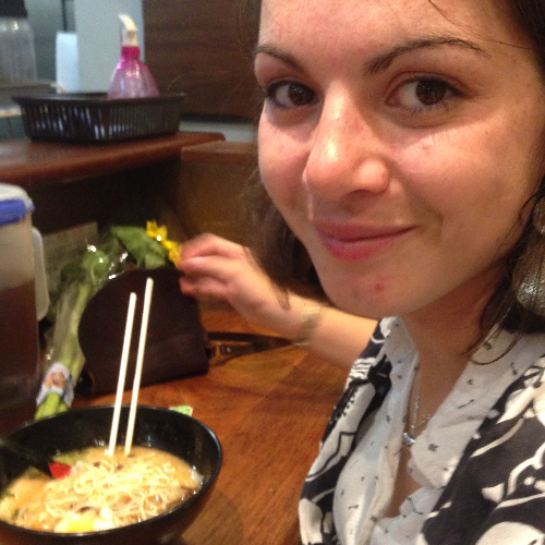 Armelle - Brisbane: I have a degree's in Spanish and a master ...