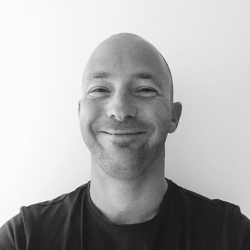 Brett - English Teacher in Adelaide: I'm a UK national who m...