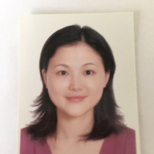 Chihhui - Paris: I am a passionate and patient teacher.  Teach...