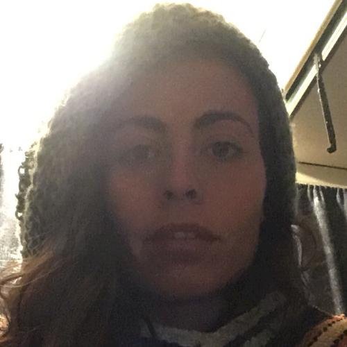 Claudia - Wellington: Hi TUTOROO COMMUNITY! I am happy to meet...