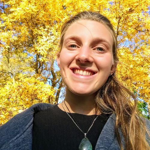 Céline - Christchurch: Hi! I'm Céline, I'm 22 years old and ...