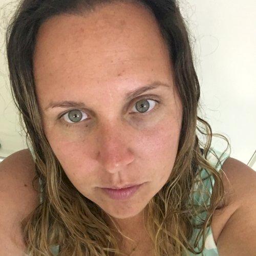 Cris - Sydney: Hi, I'm Cris, Brazilian living in Australia for...
