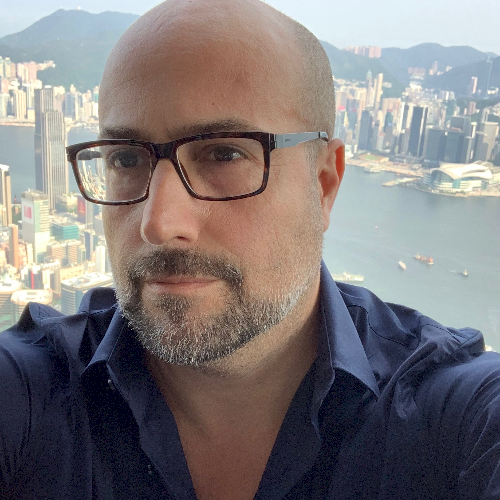 Cristiano - Hong Kong: I'm native mother tongue Italian prof...
