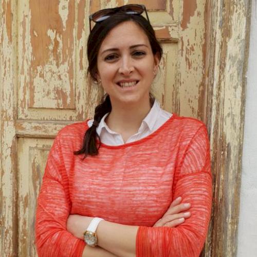 Deniz - Dublin: I'm Deniz from Turkey. I am a French and Turki...