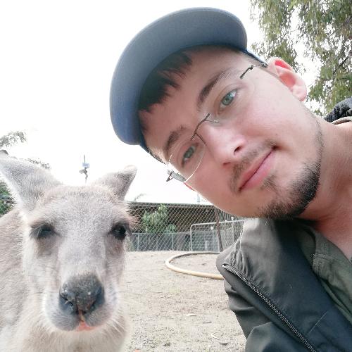 Dennis - Brisbane: Hi! I'm Dennis, I'm 27 years old and curren...
