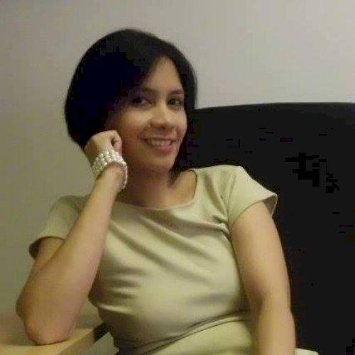 Diana - Manila: My name is Dana. I am a Journalism graduate bu...
