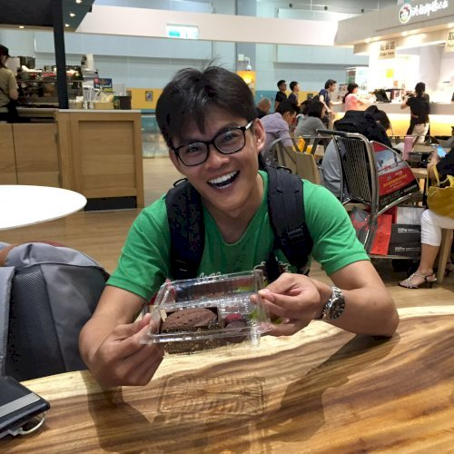 Edwin - Singapore: Hello, I'm Edwin! I have been speaking Cant...