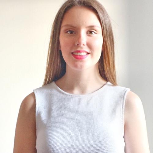Eléa - French Teacher in Singapore: Hello, I'm Elea and I am ...